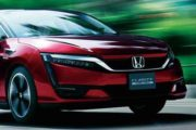 2018 Honda Clarity front view