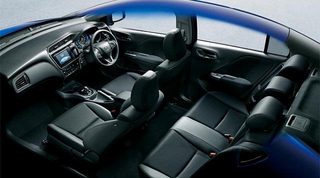 2018 Honda City Hybrid interior