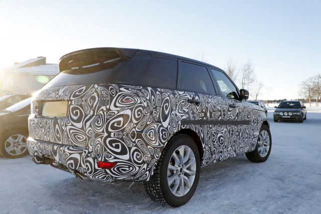 2018 Range Rover Sport PHEV rear