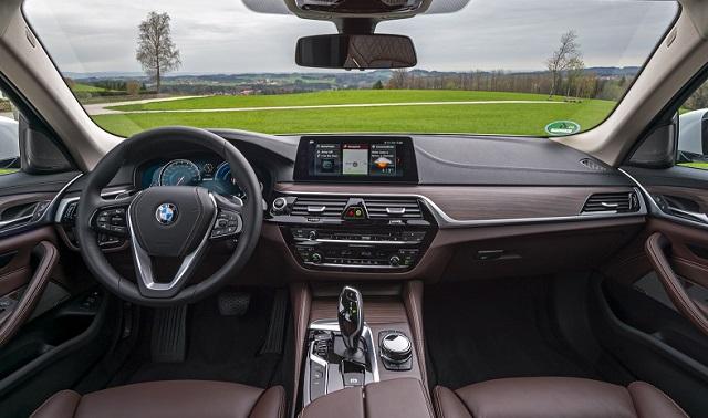 2018 bmw 530e interior